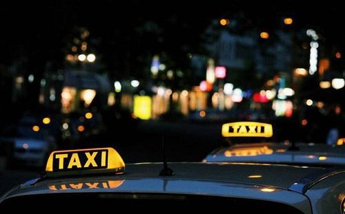 Tin tức đời sống mới nhất ngày 15/6/2019: Từ chối chở khách, lái xe taxi bị đánh bầm dập - Ảnh 1