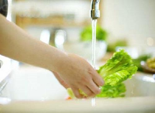 Những sai lầm khi chế biến rau, củ dễ gây ung thư nhiều người Việt mắc phải - Ảnh 3