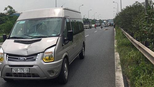 Tin tức tai nạn giao thông mới nhất hôm nay 4/6/2019: Xe tải hất văng xe máy, 2 người chết trên cầu Rạch Miễu - Ảnh 3
