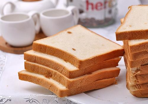 Cách chế biến đồ ăn sáng nhanh gọn cho người lười - Ảnh 1