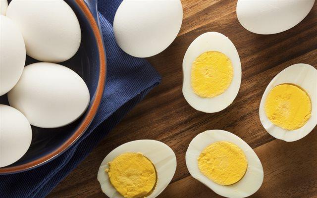 Cho thêm lát chanh vào nồi trứng luộc và điều bất ngờ xảy ra - Ảnh 3
