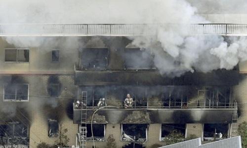 Vụ xưởng phim Nhật bị phóng hỏa: Số người chết tăng lên chóng mặt - Ảnh 1