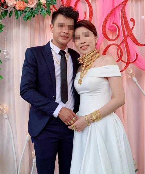 Xuất hiện thêm hình ảnh cô dâu vàng đeo trĩu cổ trong ngày cưới khiến dân mạng trầm trồ - Ảnh 4
