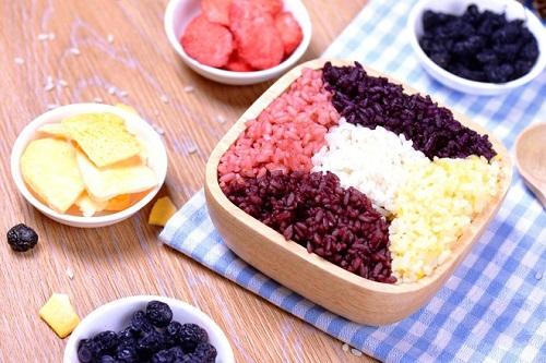 Cách làm xôi ngũ sắc với toàn bộ màu từ trái cây cho ngày Rằm tháng 7 - Ảnh 4