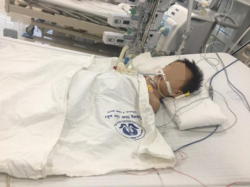 Tin tức đời sống mới nhất ngày 15/8/2019: Con trai mới lọt lòng đã qua đời, bố mẹ 'chết lặng' khi nhìn thấy thứ bên trong quan tài - Ảnh 2