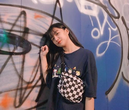Chỉ một khoảnh khắc diện áo dài, nữ sinh Bình Thuận đã khiến dân mạng ngẩn ngơ thương nhớ - Ảnh 8