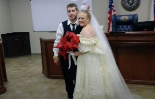 Cô dâu, chú rể chết thảm khi đám cưới vừa kết thúc chưa đầy 5 phút - Ảnh 1