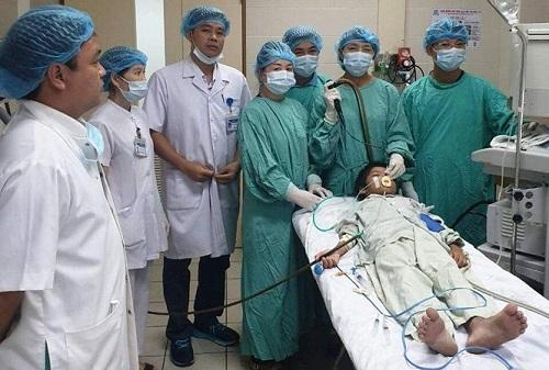 Tin tức đời sống mới nhất ngày 4/8/2019: Bé trai 4 tháng tuổi nhập viện cấp cứu vì bị sầu riêng rơi trúng đầu - Ảnh 2
