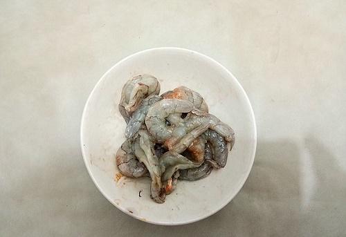 Chỉ 15 phút bạn có ngay món tôm rim mới lạ, cực hấp dẫn cho bữa tối - Ảnh 3