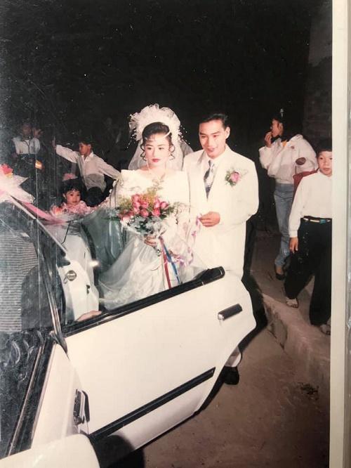 """Đám cưới """"đại gia"""" ở Hải Phòng năm 1994 khiến dân tình trầm trồ vì độ chịu chơi - Ảnh 8"""