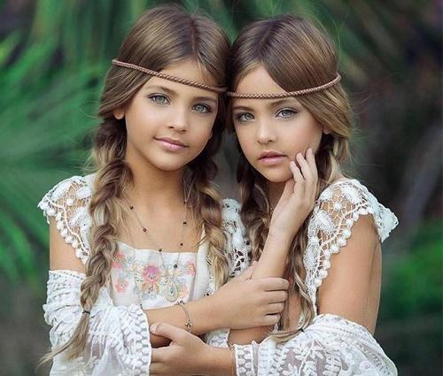Mới 9 tuổi, cặp song sinh đẹp nhất thế giới đã kiếm được hàng triệu đô la mỗi năm - Ảnh 3