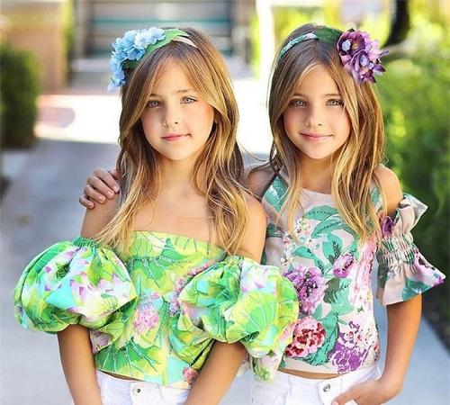 Mới 9 tuổi, cặp song sinh đẹp nhất thế giới đã kiếm được hàng triệu đô la mỗi năm - Ảnh 7