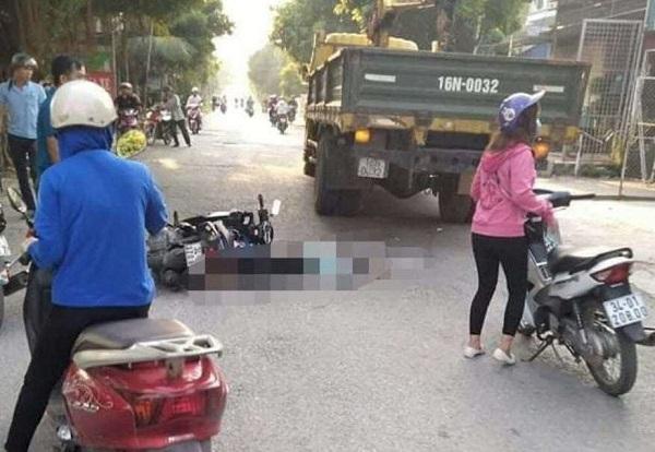 Tin tức tai nạn giao thông mới nhất ngày 27/9/2019: Tự lao xe 3 bánh vào lan can cầu Vĩnh Tuy, 9X tử vong - Ảnh 2