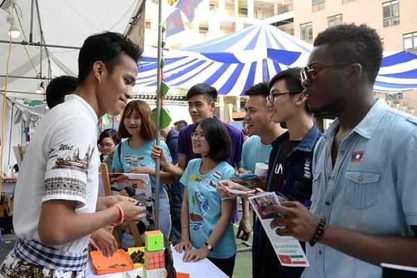 Hơn 1.000 bạn trẻ tham gia Ngày hội Tình nguyện toàn cầu 2019  - Ảnh 1