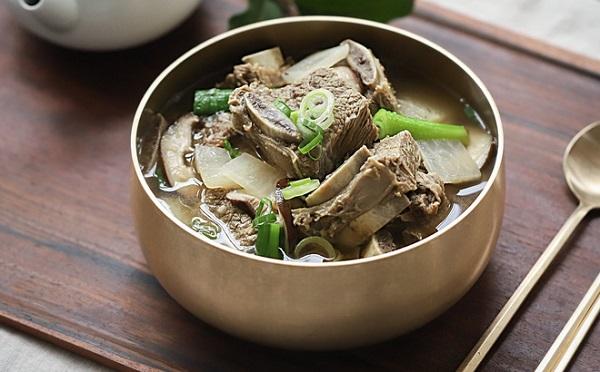 Học người Hàn nấu món canh sườn cực ngon, ăn là thích ngay - Ảnh 6