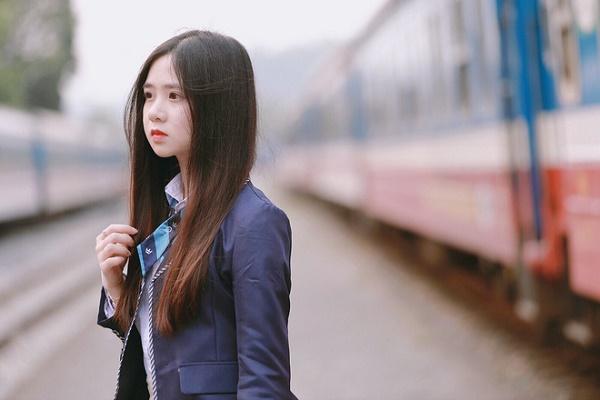 Tân nữ sinh Đại học Luật khiến dân mạng ngẩn ngơ vì vẻ đẹp ngây thơ - Ảnh 3