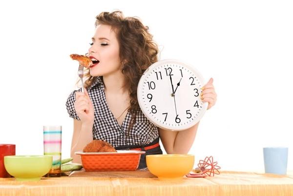 """Đúng 3 khung """"giờ vàng"""" này ăn nhiều bao nhiều cũng không sợ béo - Ảnh 1"""