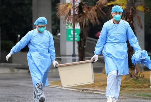 Chuyên gia Trung Quốc xác nhận Virus gây bệnh viêm phổi lạ lây từ người sang người - Ảnh 1