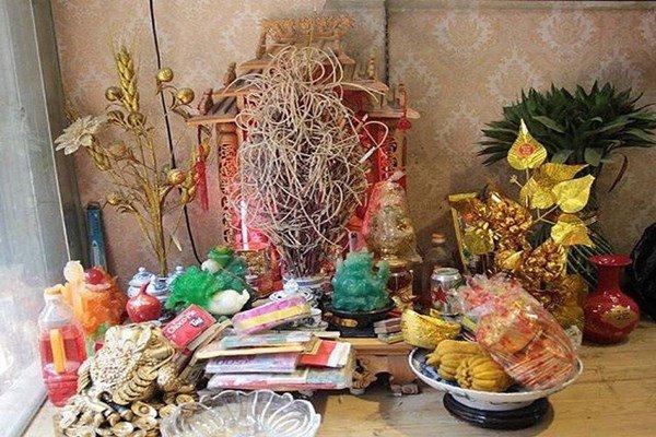 Ngày vía Thần Tài, bí mật đặt thứ này trên bàn thờ, ngôi không cũng có lộc - Ảnh 1