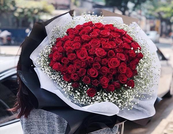 Những món quà tặng 20/10 hot nhất năm nay cho phụ nữ - Ảnh 1