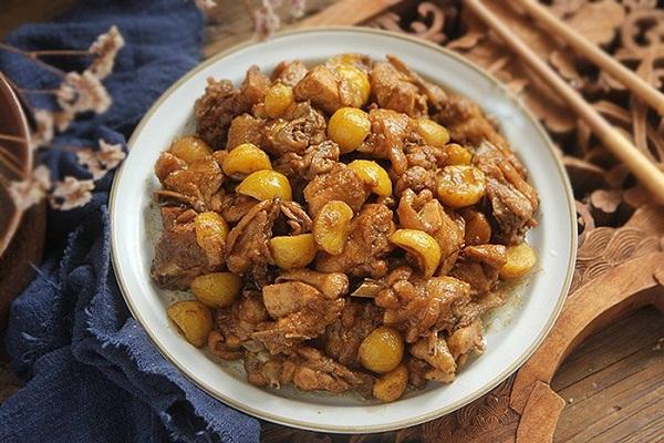 Hạt dẻ đang vào mùa làm ngay món ngon này đảm bảo ai cũng ăn vài bát cơm - Ảnh 7