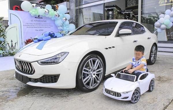 """Chỉ vì con trai 6 tuổi """"thích"""", nữ đại gia Kiên Giang đã ngay lập tức """"chốt đơn"""" siêu xe 5 tỷ - Ảnh 3"""