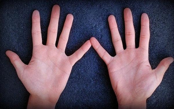 """Bàn tay có 5 đặc điểm này bảo sao suốt đời chỉ làm """"nô bộc"""" - Ảnh 1"""
