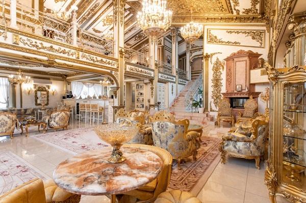 """Choáng ngợp trước cung điện dát vàng """"núp bóng"""" ngôi nhà cấp 4 - Ảnh 6"""