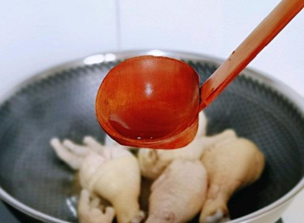 Chỉ cần làm món gà này, trẻ biếng ăn mấy cũng không cưỡng nổi - Ảnh 2