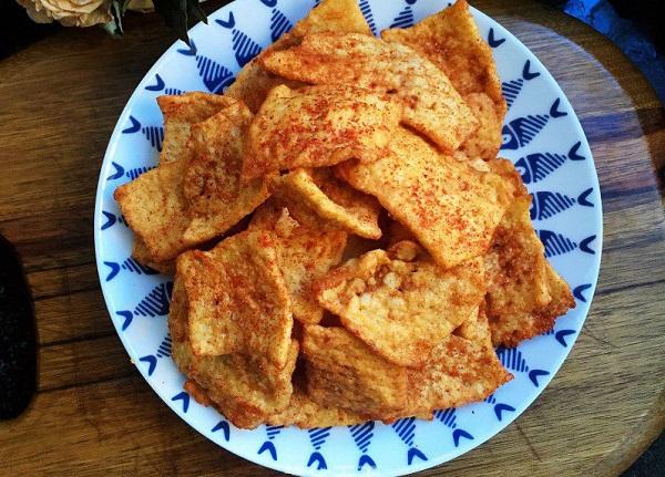 Tận dụng cơm nguội dư, tôi làm món snack giòn rụm càng ăn càng mê - Ảnh 6