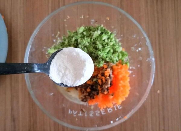Tận dụng cơm nguội làm món cơm viên rau củ vừa ngon, vừa tiện cho bữa trưa - Ảnh 3
