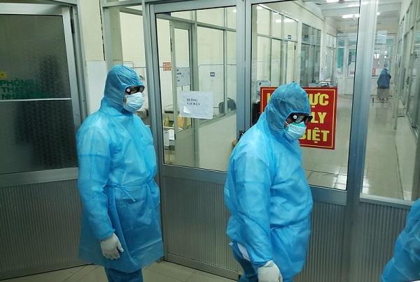 Bác bỏ tin một số người Hàn Quốc sống tại tòa nhà ở Đà Nẵng bị sốt - Ảnh 1