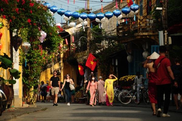 Công bố hành trình của bệnh nhân thứ 57 mắc Covid-19 tại Việt Nam - Ảnh 1