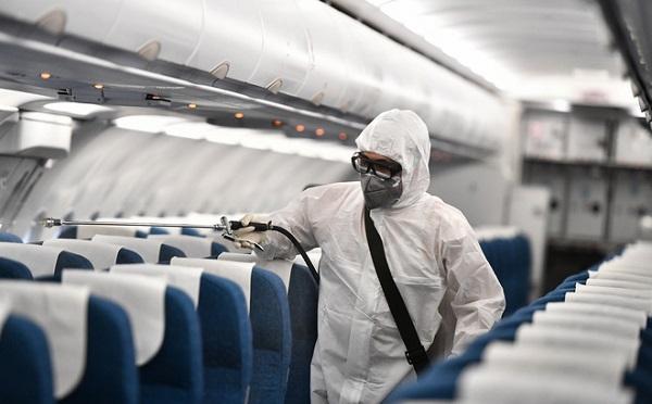 Bộ Y tế thông báo khẩn tìm kiếm hành khách trên 3 chuyến bay có người mắc Covid-19 - Ảnh 1