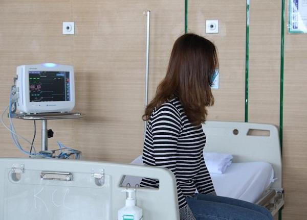 Vì sao hơn 90% ca nhiễm Covid-19 ở Việt Nam là người trẻ? - Ảnh 1