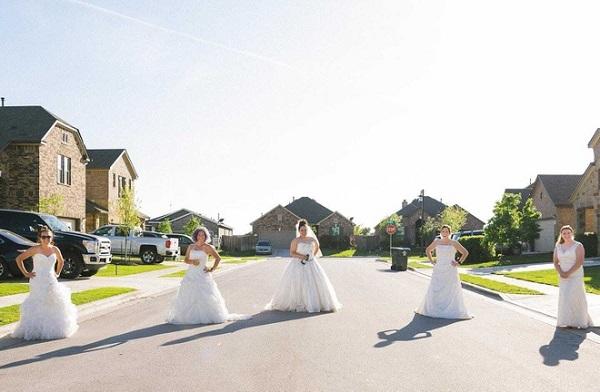 """Ở nhà quá chán, nhiếp ảnh gia rủ hàng xóm thực hiện bộ ảnh cưới """"để đời"""" - Ảnh 2"""