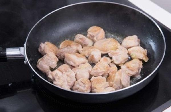 Mì ăn liền nấu theo cách này không chỉ ngon xuất sắc mà còn đủ chất cho bữa sáng - Ảnh 2