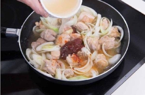 Mì ăn liền nấu theo cách này không chỉ ngon xuất sắc mà còn đủ chất cho bữa sáng - Ảnh 3