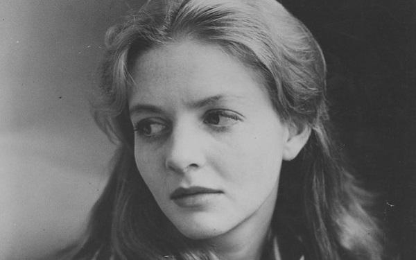 Nữ diễn viên, nhà viết sách tiểu sử nổi tiếng tử vong vì Covid- 19 - Ảnh 2