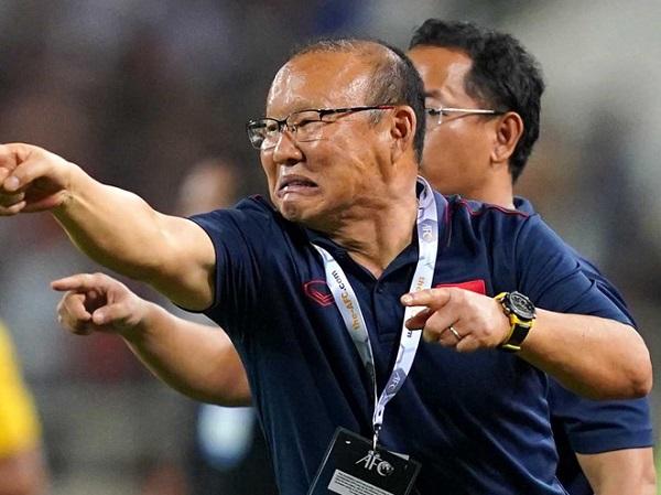 HLV Park Hang Seo 'ủ mưu' đánh bại Malaysia - Ảnh 2