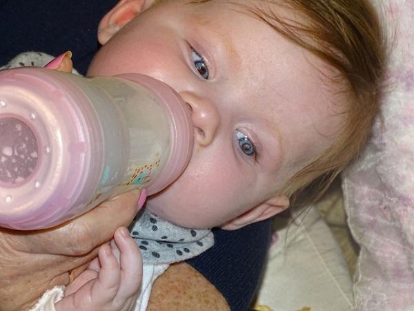 Tin tức đời sống mới nhất ngày 14/5/2020: Tình cờ phát hiện ung thư ở bé 5 tháng tuổi qua ảnh chụp - Ảnh 1