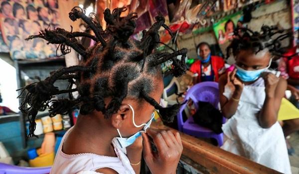 """Trào lưu làm tóc kiểu """"Covid-19"""" thịnh hành ở Đông Phi - Ảnh 2"""