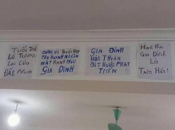 """Sợ """"hạnh phúc gia đình tan vỡ"""", học trò để sẵn tấm bảng nhắn nhủ dễ thương ngay trước buổi họp phụ huynh - Ảnh 4"""