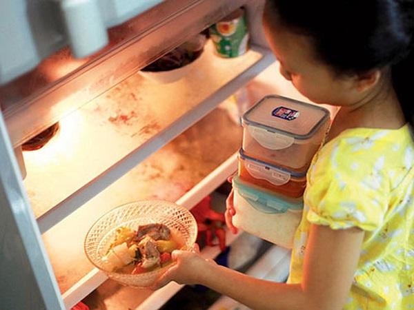 6 món ăn gây ung thư nếu để qua đêm, 99% người Việt không biết - Ảnh 1