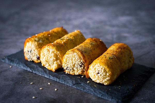 Vừa ngon lại lợi đủ đường với món bánh mì cuộn khoai chiên ăn sáng - Ảnh 4