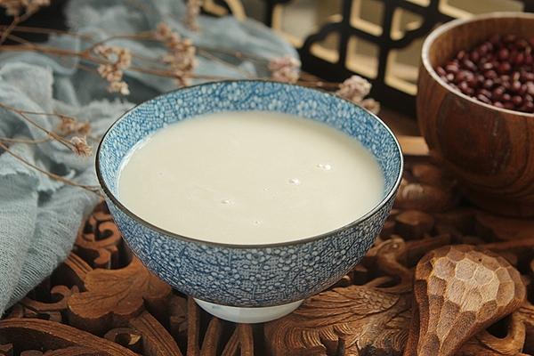 Muốn da căng mịn thì mẹ đừng bỏ qua món sữa ngũ cốc tuyệt ngon cho bữa sáng này - Ảnh 5