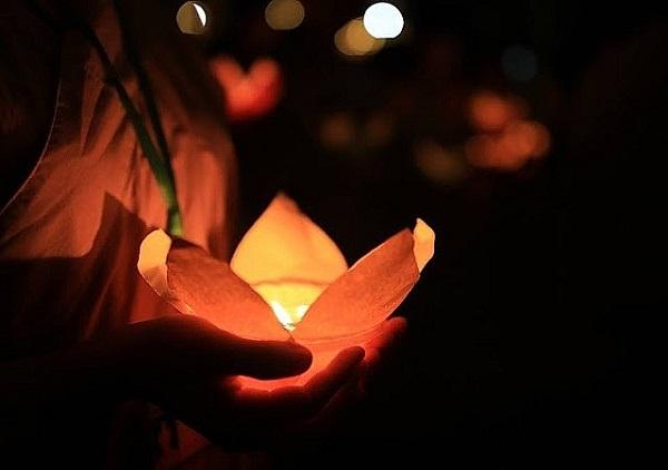 Những điều nên làm trong tháng cô hồn để cầu may mắn, bình an - Ảnh 1