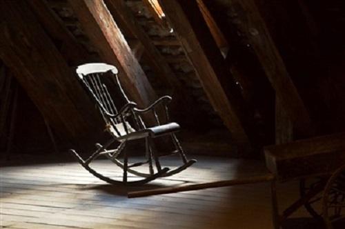 Dọn nhà tháng cô hồn, thấy 6 thứ này nhớ vứt ngay đi để lộc lá đầy nhà - Ảnh 1