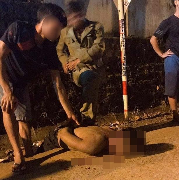 Điều tra vụ thanh niên nghi bắt cóc trẻ em bị người dân vây đánh đến chết - Ảnh 1