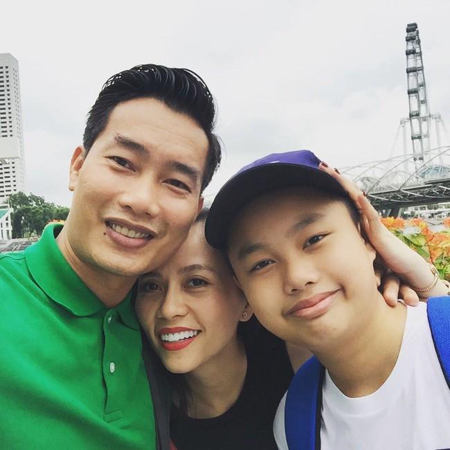 MC Hoa Thanh Tùng khoe ảnh cận mặt vợ xinh đẹp sau 15 năm kết hôn - Ảnh 6